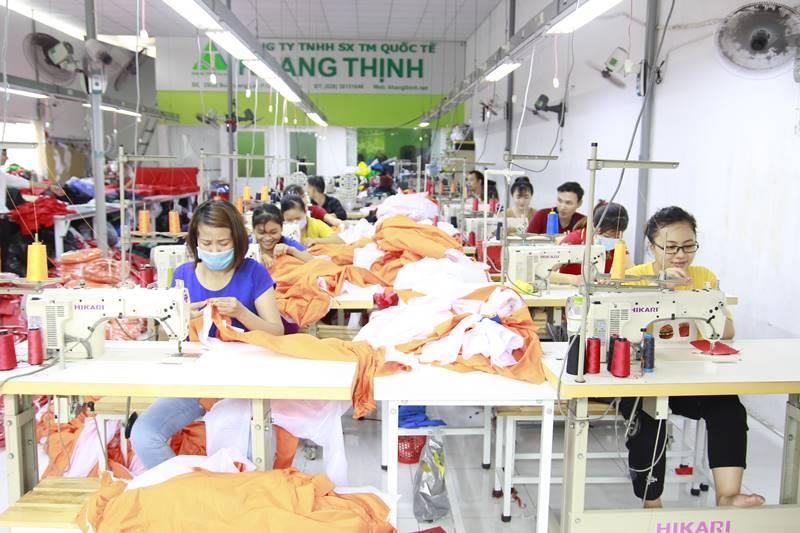 Xưởng may áo khoác thể thao Khang Thịnh 1